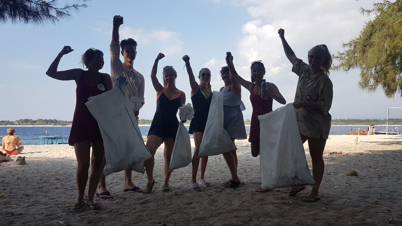 Group beach clean up - Philippines