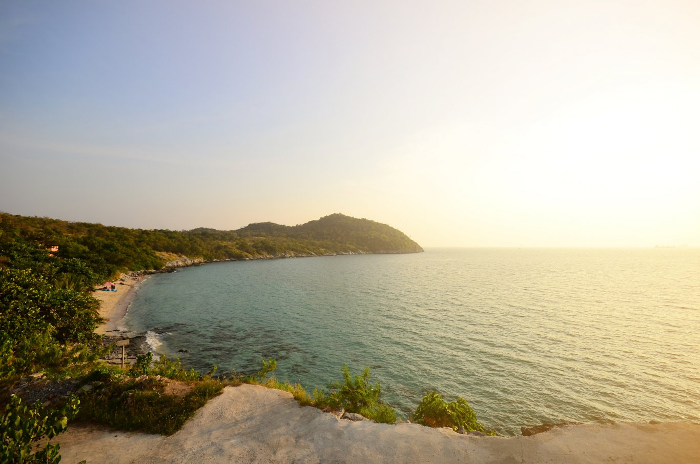Koh Si Chang - Sunset beach view