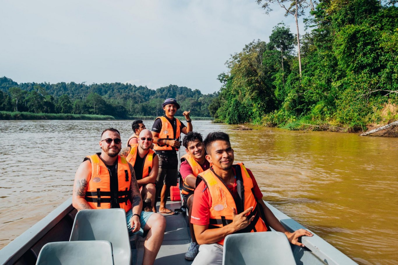 River safari, wildlife in Borneo