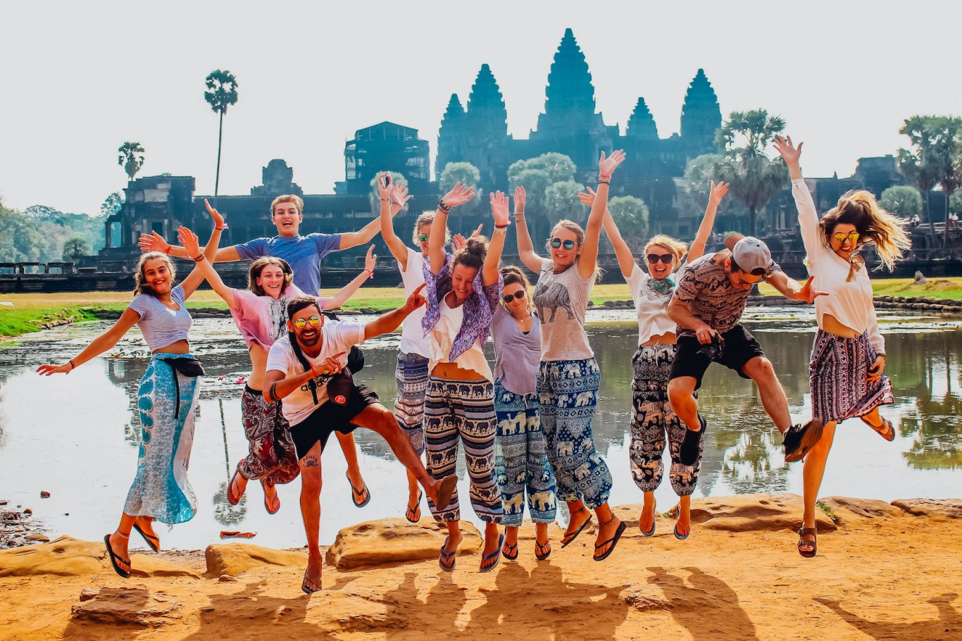 Group photo jumping, Angkor Wat