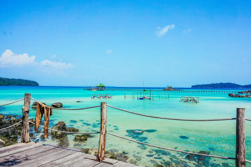 Koh Rong, crystal clear waters