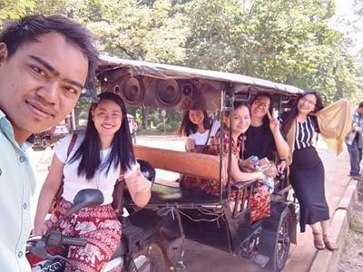 TT-and-his-Tuk-Tuk-TruTravels-Charity