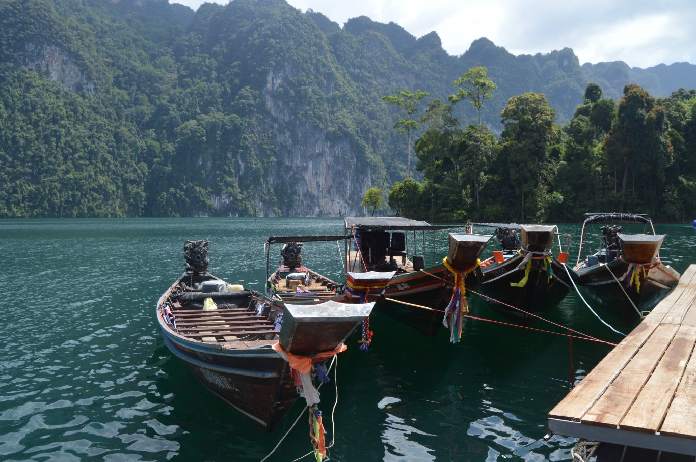 Khao Sok National Park tour - longtail boat taxi