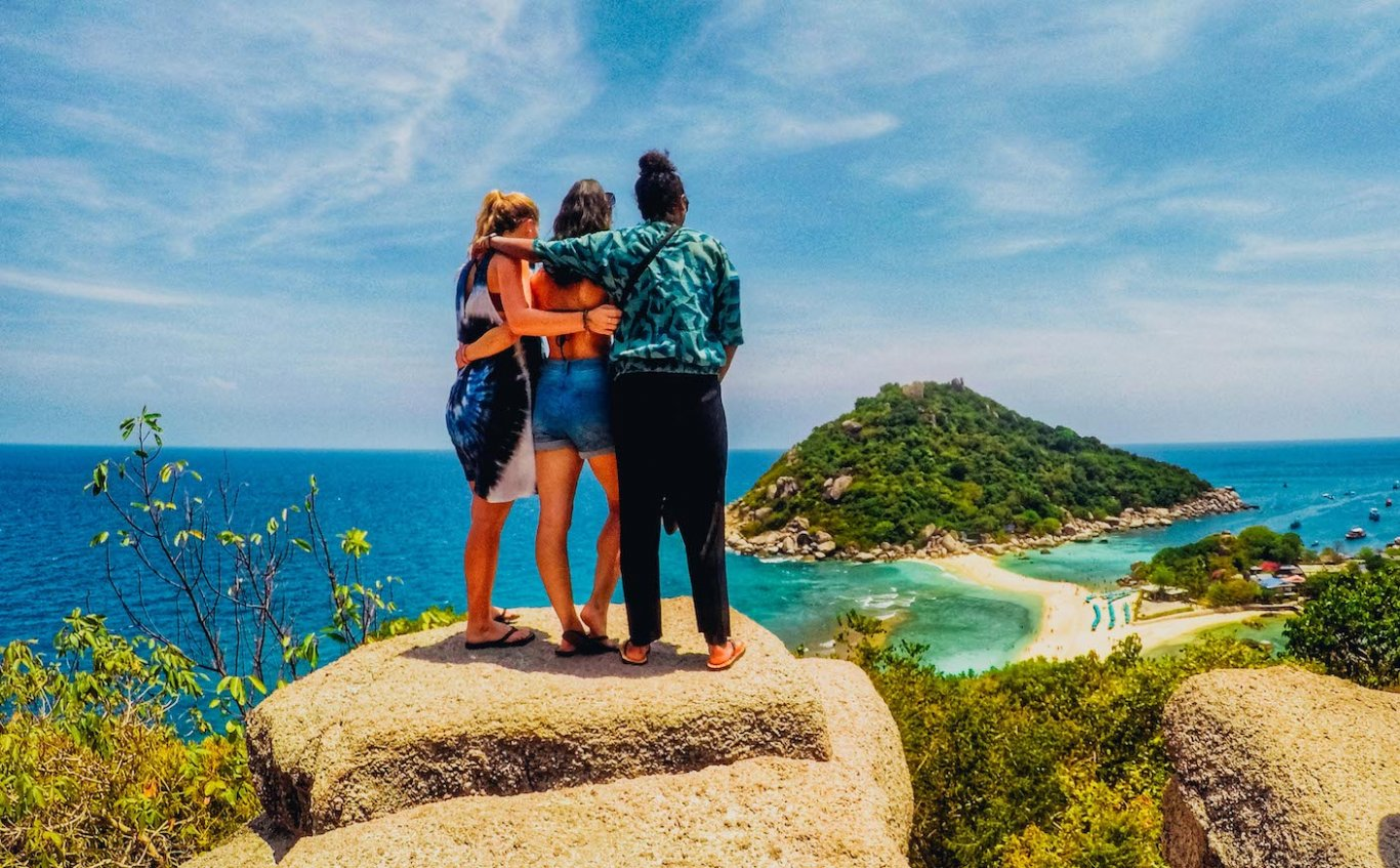 A trio admiring the incredible view from the Nang Yuan viewing platform